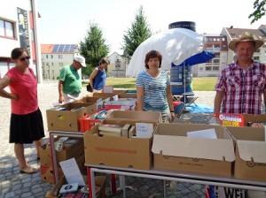 DSC01558-300x224 in Bücherflohmarkt 2015 - Trotz grosser Hitze 359 € für weitere Namenstafeln