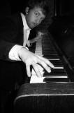 """Unbenannt11 in Veranstaltungsankündigung """"Noten für Namen"""" mit dem Stummfilmpianisten Richard Siedhoff, live am Klavier zum Stummfilm Der General mit Buster Keaton"""