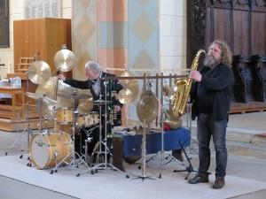 AIMG 1392-klein-300x225 in Jazz vom Feinsten bringt 500 Euro Spenden für Namenstafeln