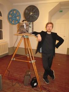 IMG 7941klein-225x300 in Stummfilmpianist Richard Siedhoff - ein vergnüglicher Abend und 311,50 Euro Spenden